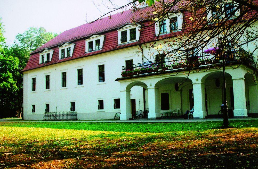 Pałac wczesnobarokowy - Szymiszów